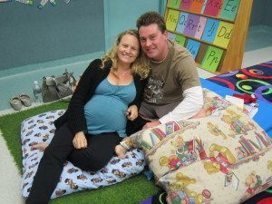 Amanda & Shane relaxing during hypnobirthing classes